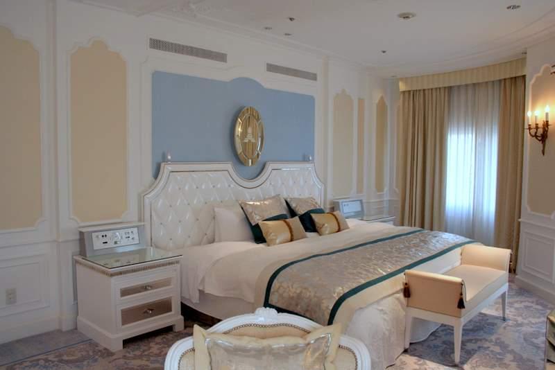 royal_suite_05